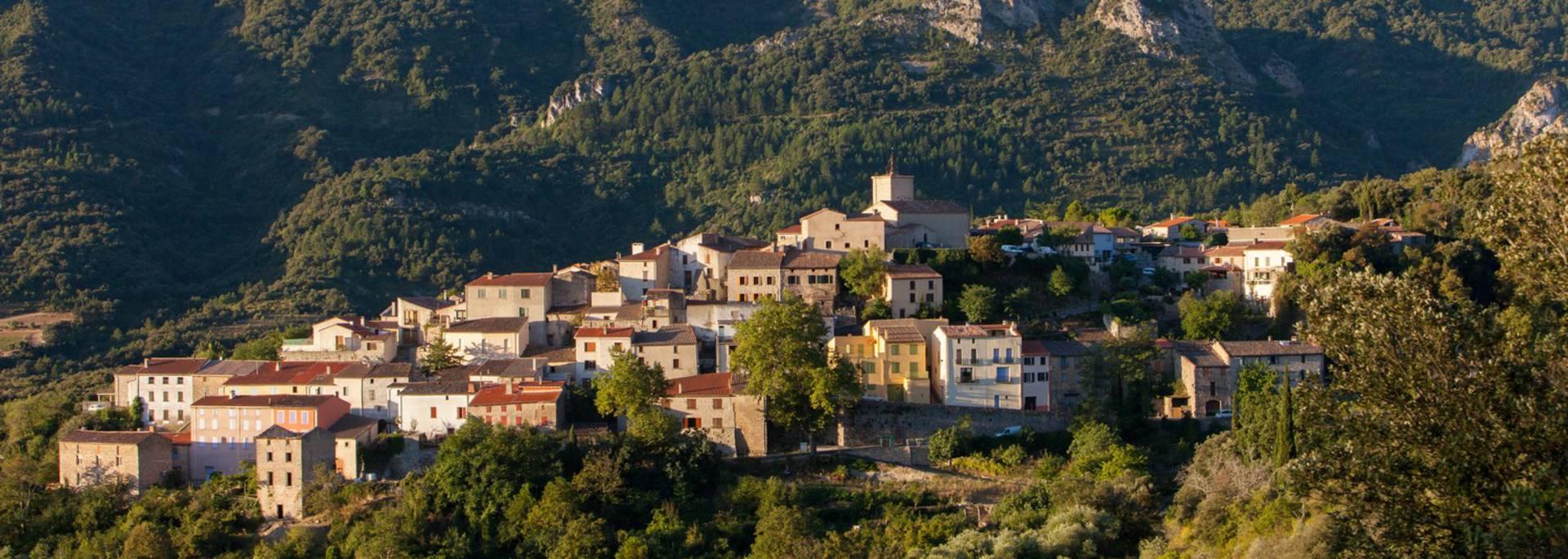 Das Dorf Duilhac-sous-Peyrepertuse