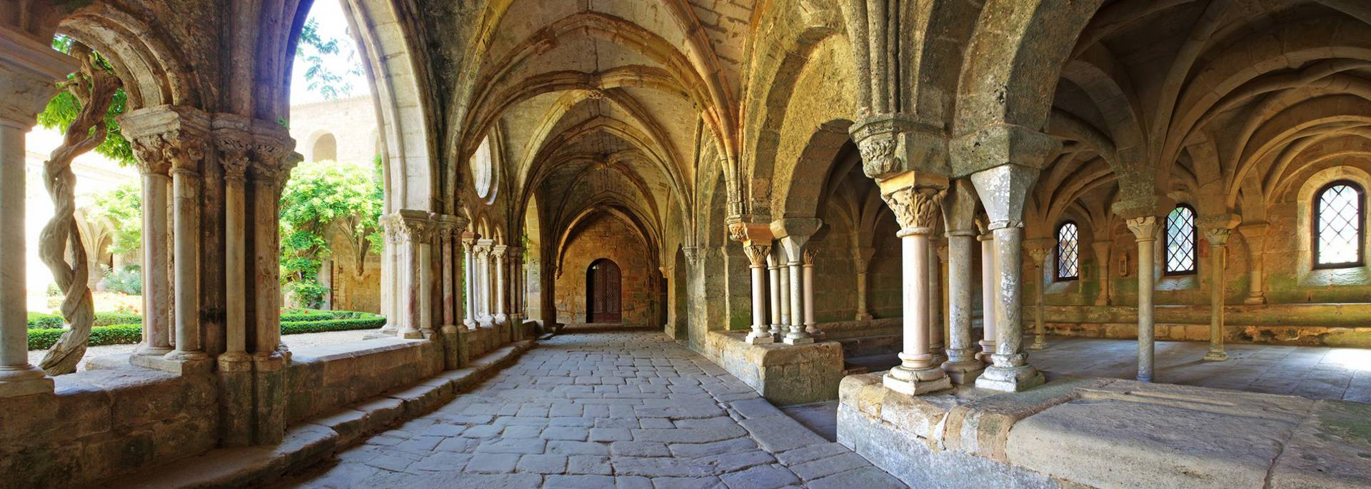 Abbaye de Fontfroide, cloître