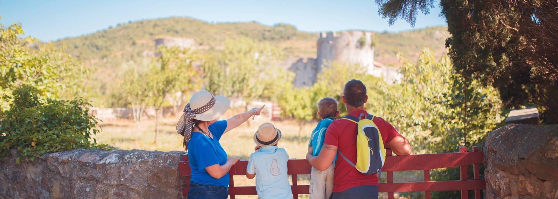 Besuchen Sie die Burgen im Aude Land der Katharer