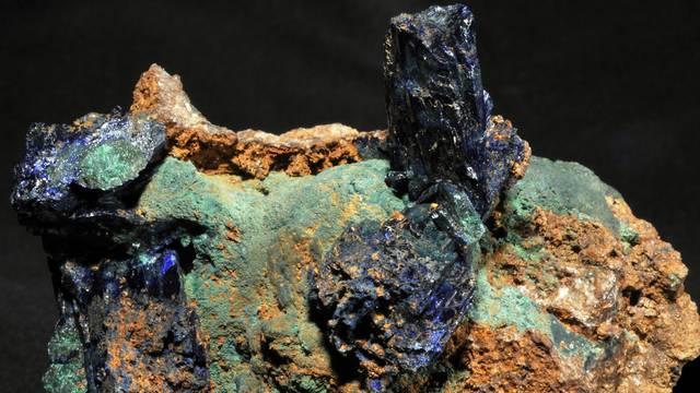 Aguilar mines Montgaillard