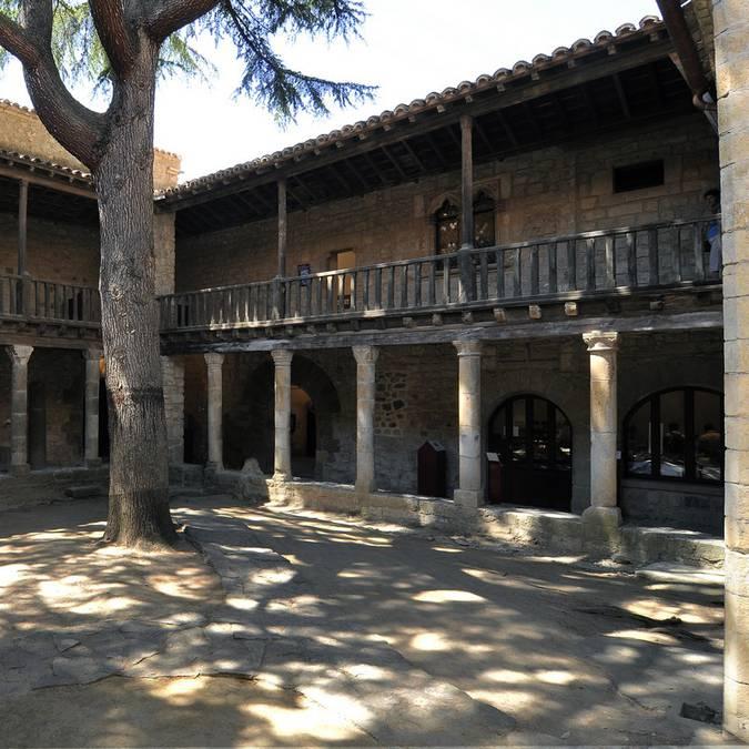 Abbaye de Lagrasse-logis abbatial