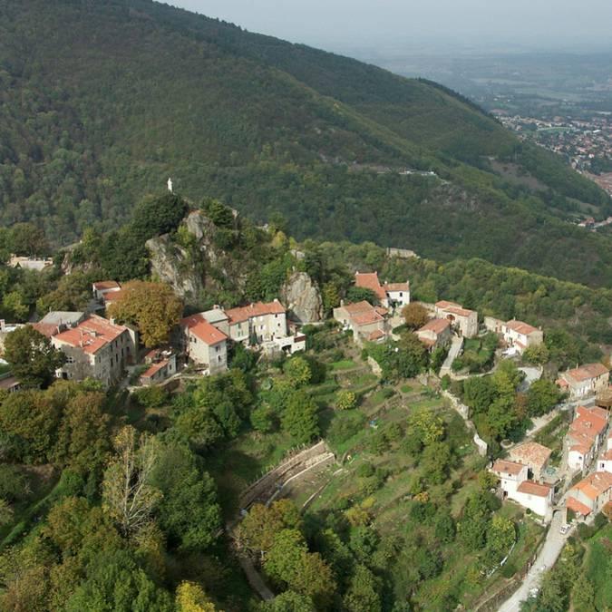 Le village de Hautpoul et Mazamet