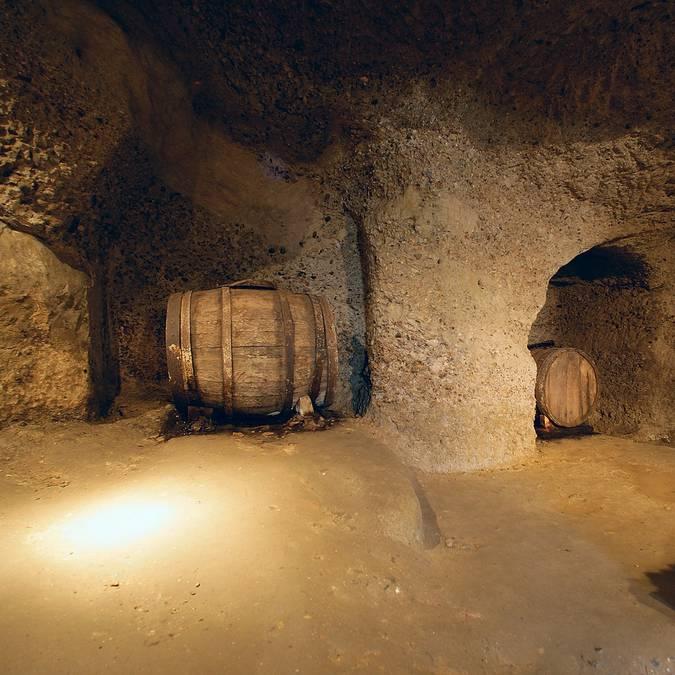 Les caves de l'abbaye de Saint-Hilaire